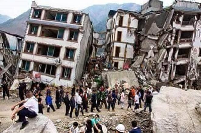 Foto gempa di nepal 78