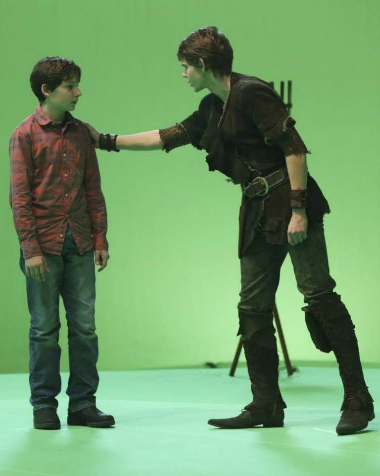 Once upon a time PeterPan and Henry behind the scenes ...
