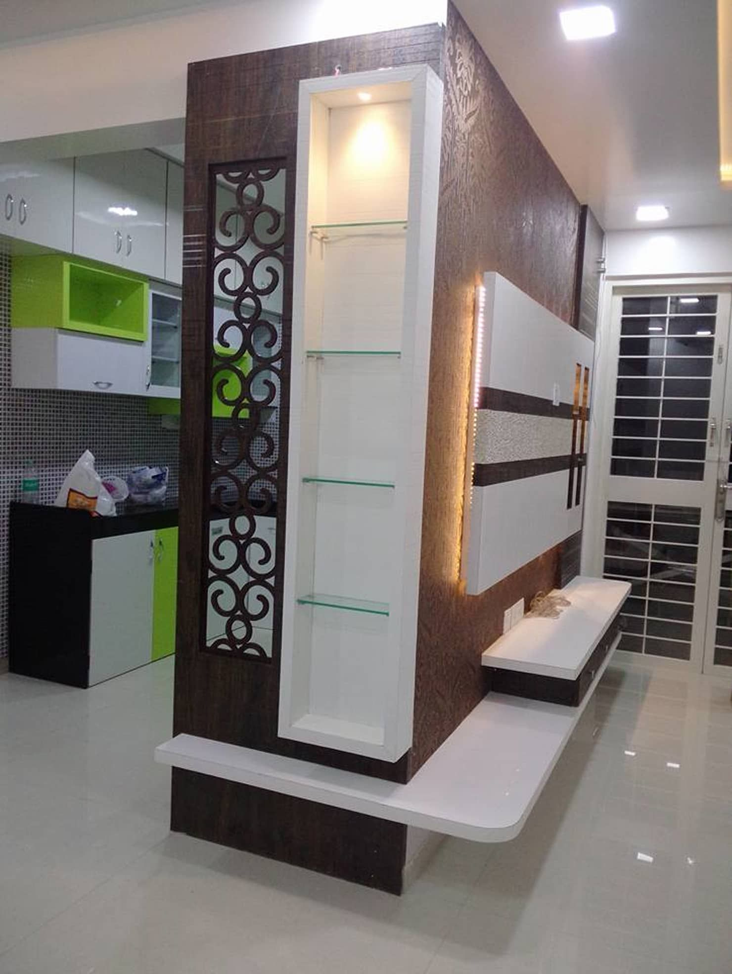 Residential Interior Project Has Modern Yet Vintage Take: 2 Bhk Residential Project @2016 Modern Living Room By