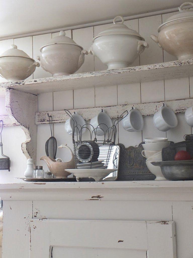 princessgreeneye deco above kichen cabinets pinterest k che bauernk chen und vintage regal. Black Bedroom Furniture Sets. Home Design Ideas