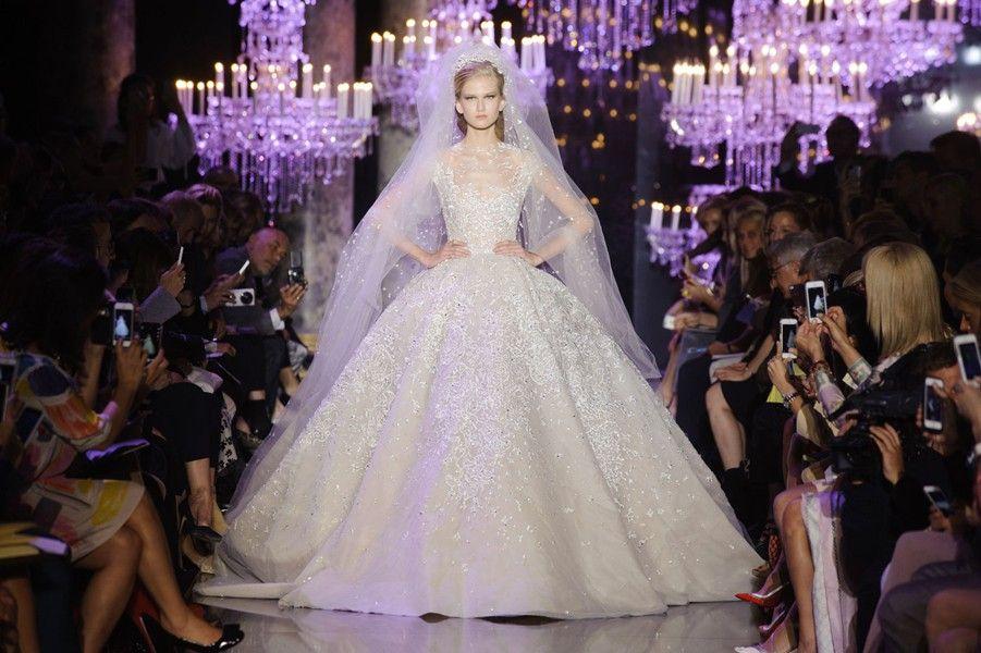 As noivas da alta-costura: das passarelas parisienses para o altar. Vogue