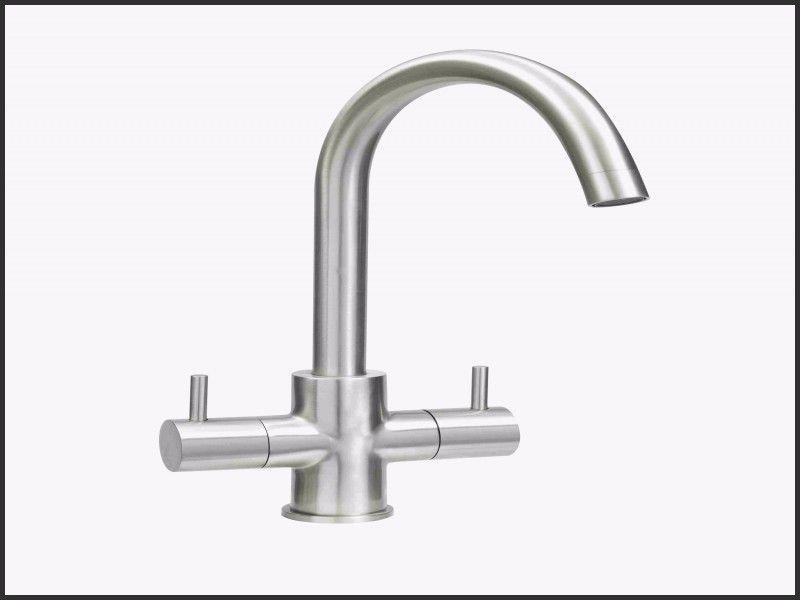 Leaky Moen Kitchen Faucet Repair With Images Faucet Repair