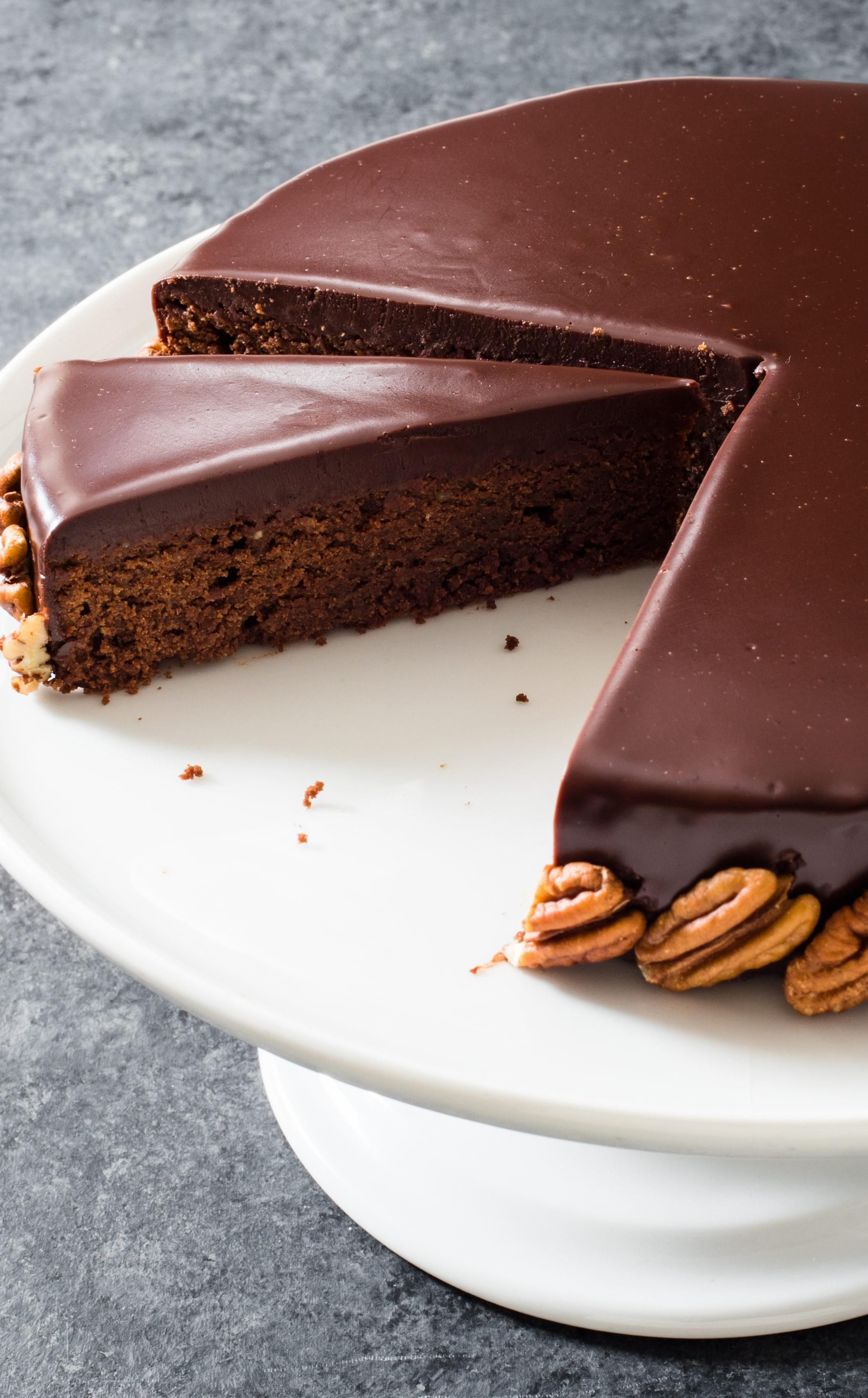 Chocolatepecan torte with chocolate glaze the
