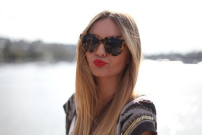 cute glasses + lipstick