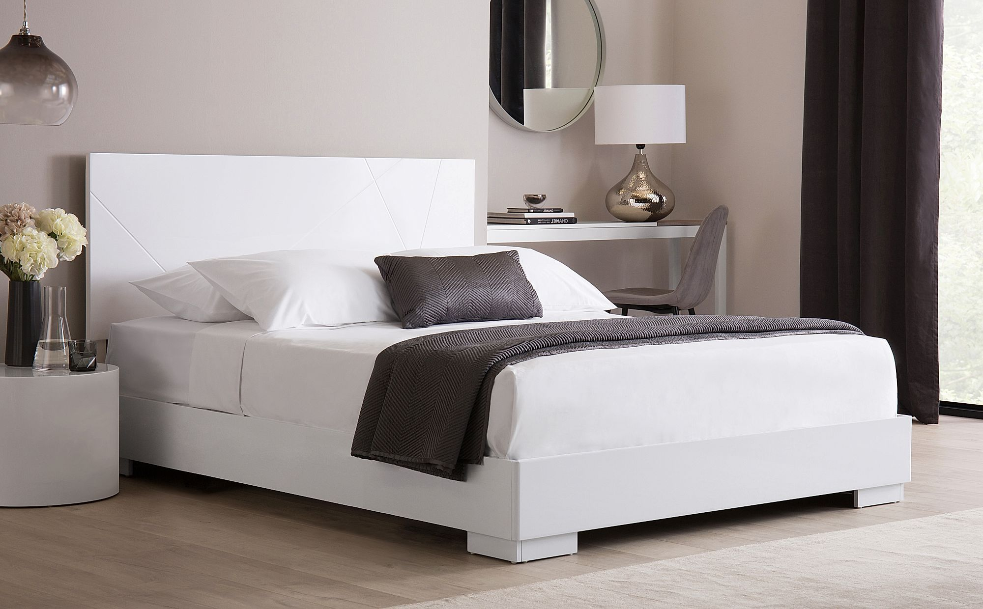 Turin White High Gloss Bed King Size Clean Sofa King Storage