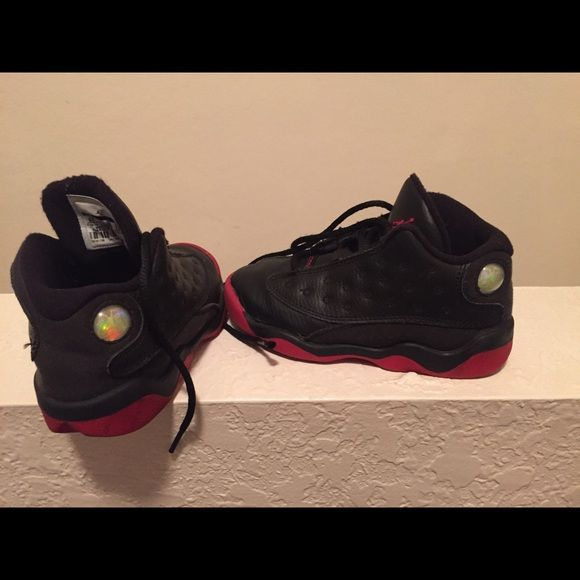 Jordan retro 13 size 9 In great condition for toddler Jordan Shoes Athletic  Shoes