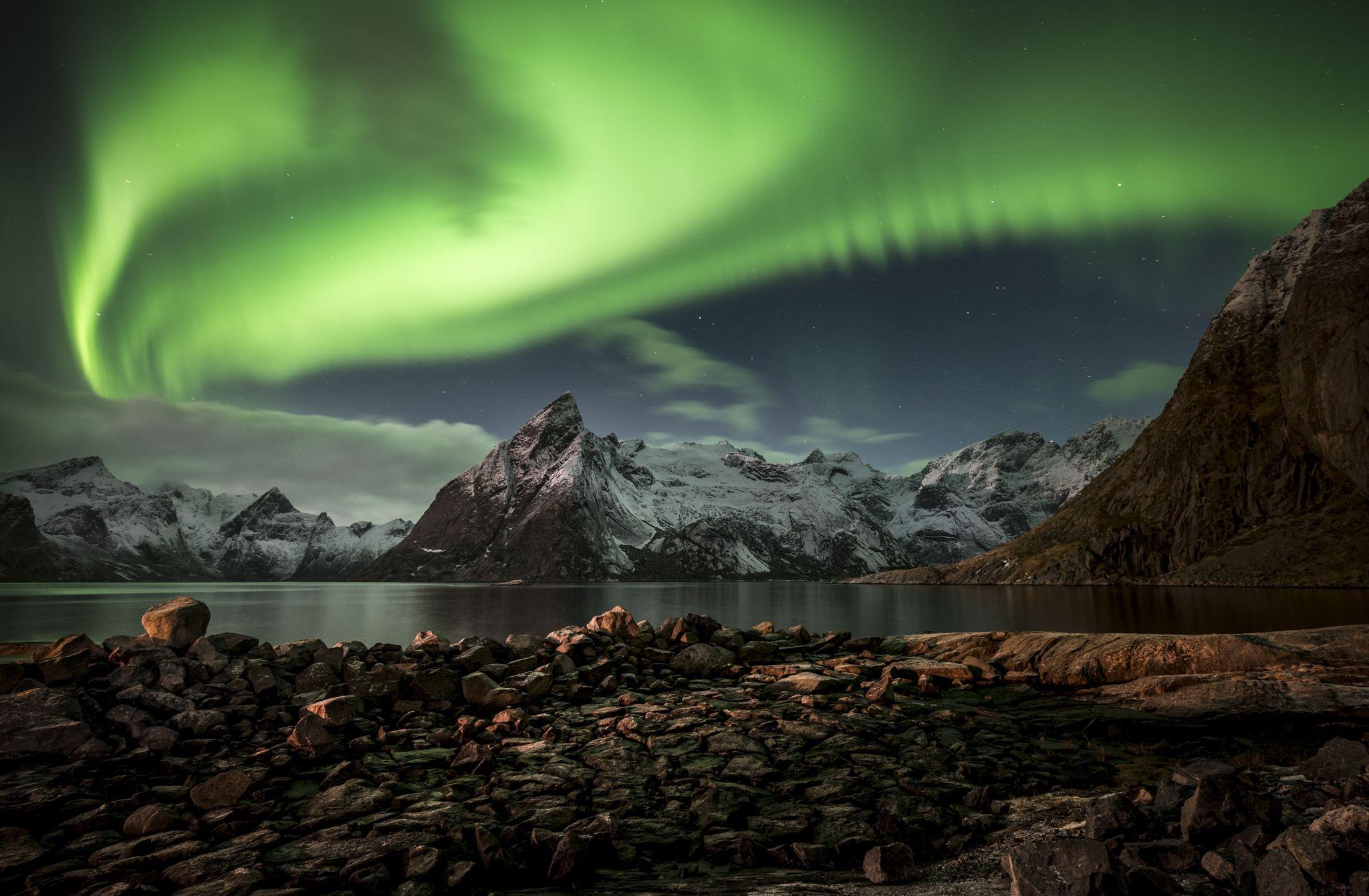 """""""aurora swirlealis""""   hamnøy, norway"""