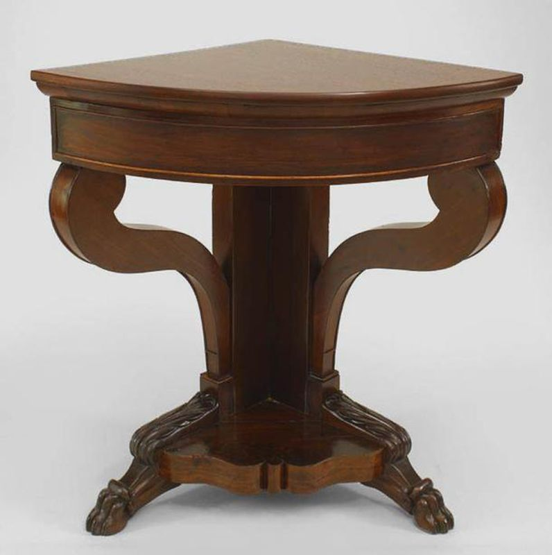 Corner Foyer Table : This corner console table design from antiquity cct