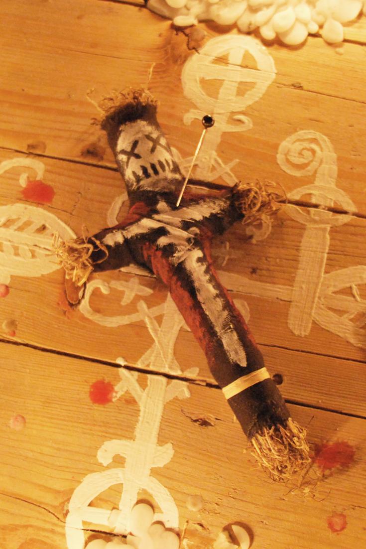 Pin Auf Real Voodoo Dolls Voodoo Puppen Authentische Voodoopuppen