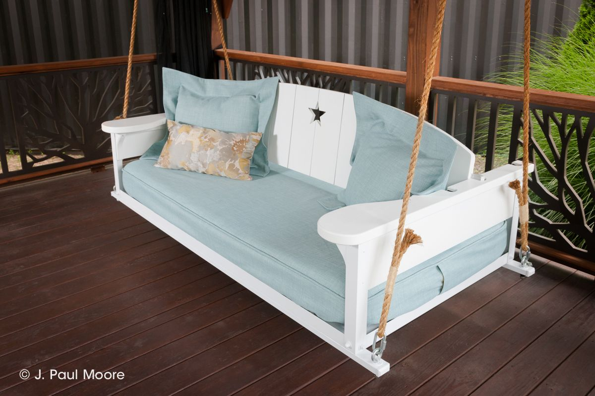 19 Marvelous Porch Swing Designs For Spring Enjoyment Porch Swing Bed Hanging Porch Bed Outdoor Bed Swing