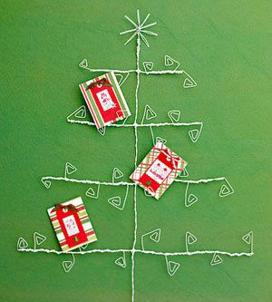 Tutorials: Christmas Card Displays | Christmas card holders, Wire ...