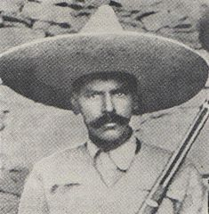 On connait mal les grandes figures Mexicaines. Moi je leur tire mon chapeau, même si on ne parle pas beaucoup de ces sombres héros. #Jeudemot #Sombrero