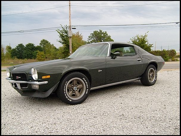1971 chevrolet camaro z28 350 330 hp automatic for sale by mecum auction american cars. Black Bedroom Furniture Sets. Home Design Ideas