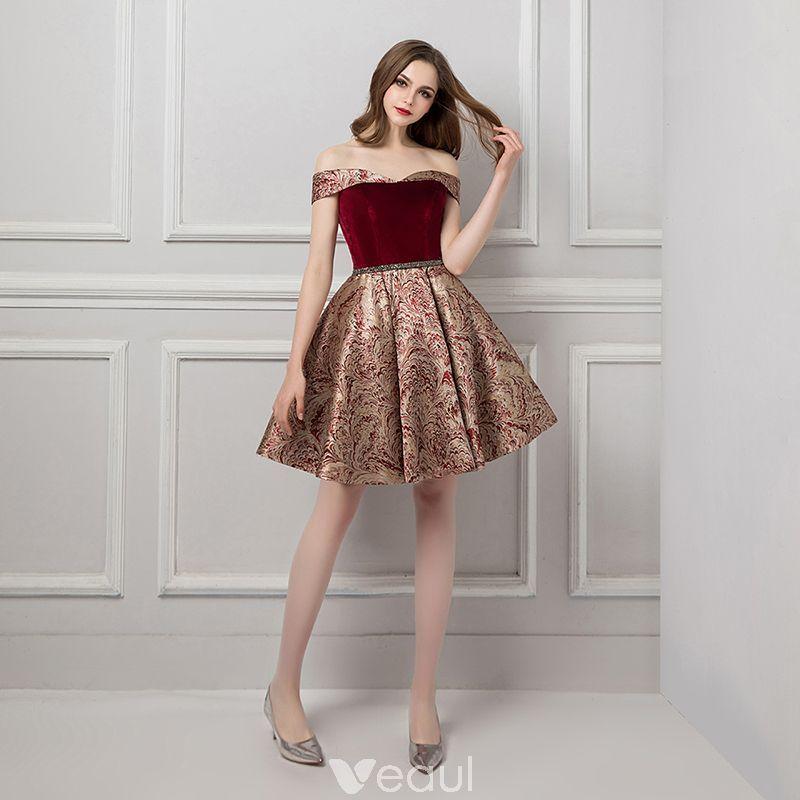 43d6521e758 Modern   Fashion Burgundy Homecoming Graduation Dresses 2019 A-Line    Princess Off-The-Shoulder Short Sleeve Beading Sash Short Ruffle Backless  Jacquard ...