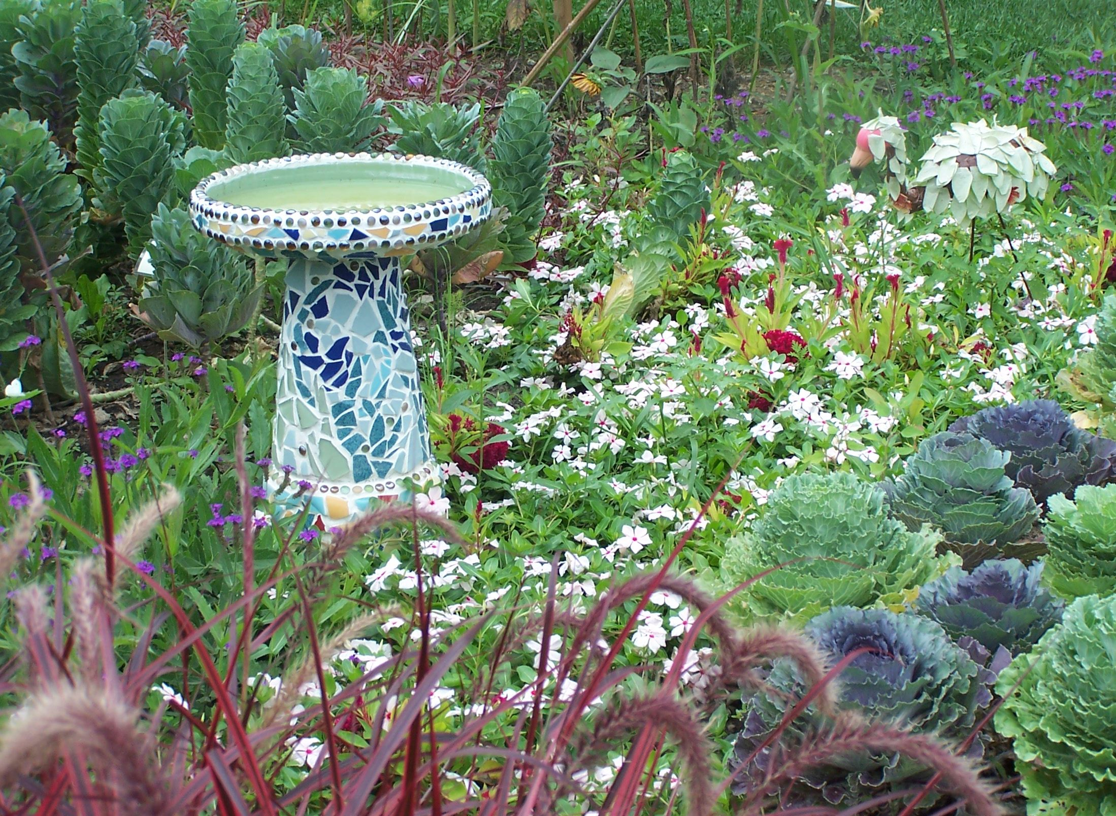1000 images about Garden Bird Baths on Pinterest Gardens Birds