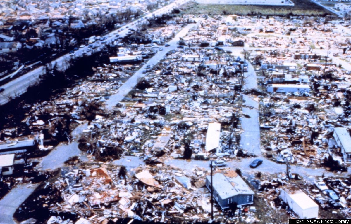 31 Images Of The Hurricane Andrew Destruction Barbados Travel Barbados Beaches Hurricane Andrew