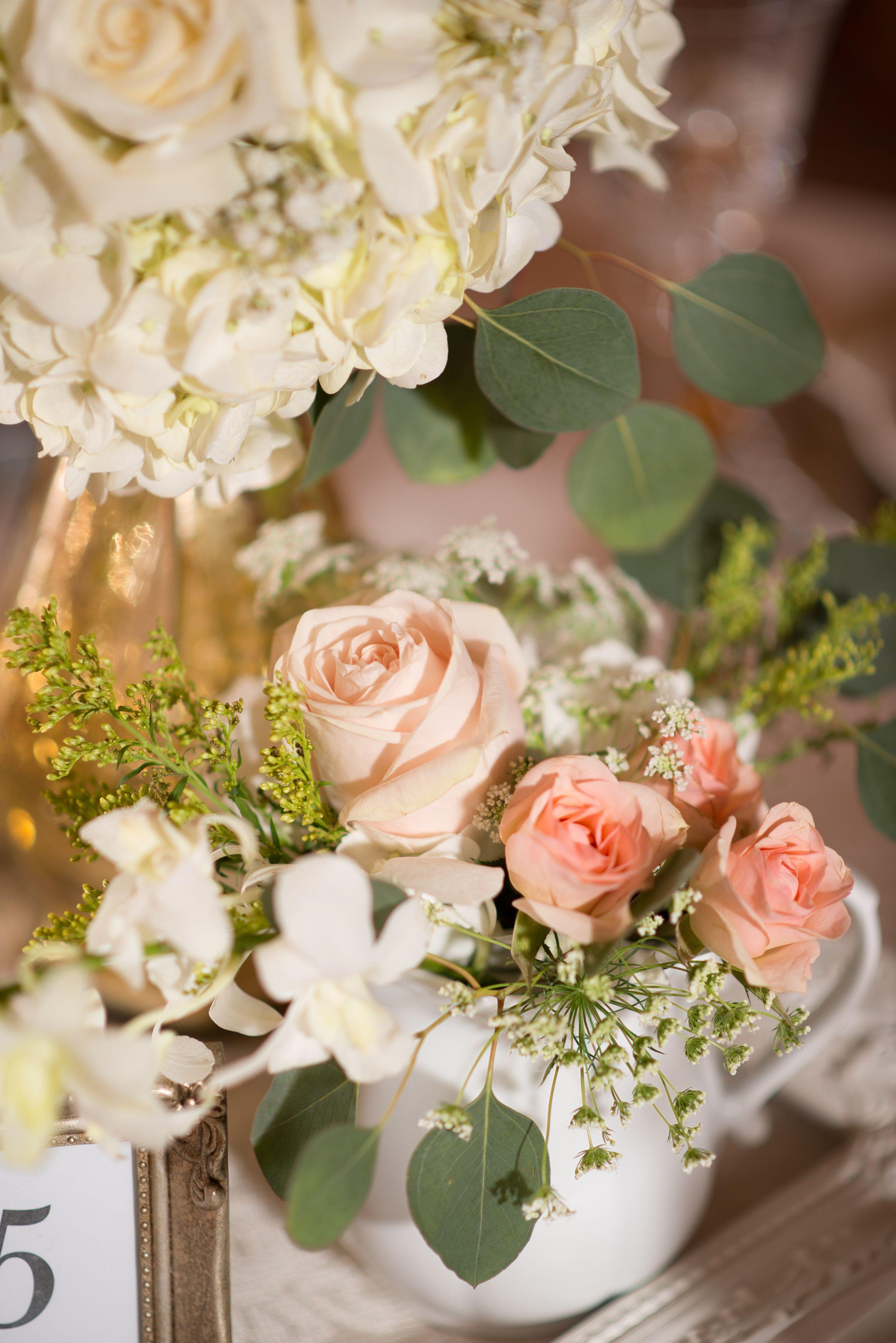 Modern Vintage Wedding Centerpiece | Vintage wedding ...