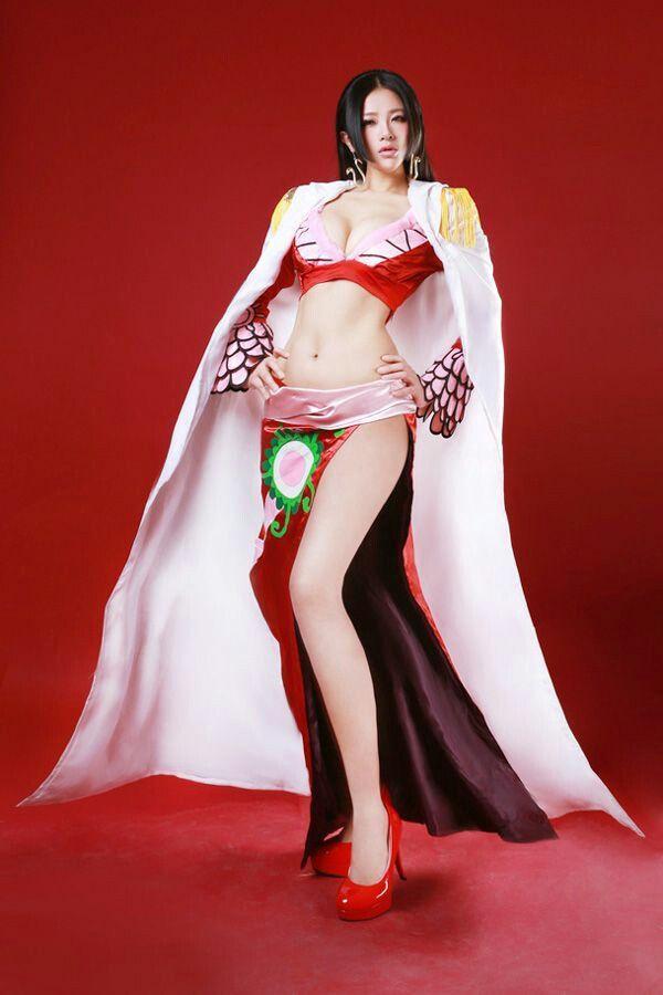 boa hancock cosplay hot