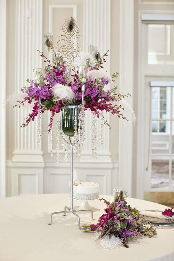 Modern purple & white art deco wedding  |  The Frosted Petticoat