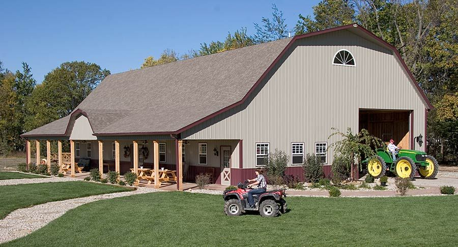 Gambrel roof pole barn garage alexandria indiana fbi for Gambrel barn plans with living quarters