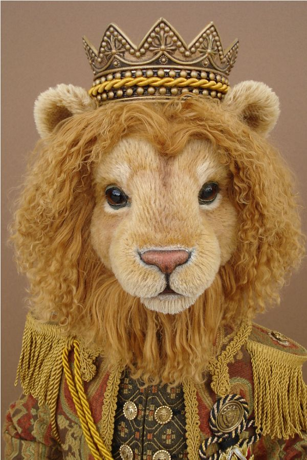 """Charlie lion sewing pattern 11/"""" tall fabric lion to sew"""