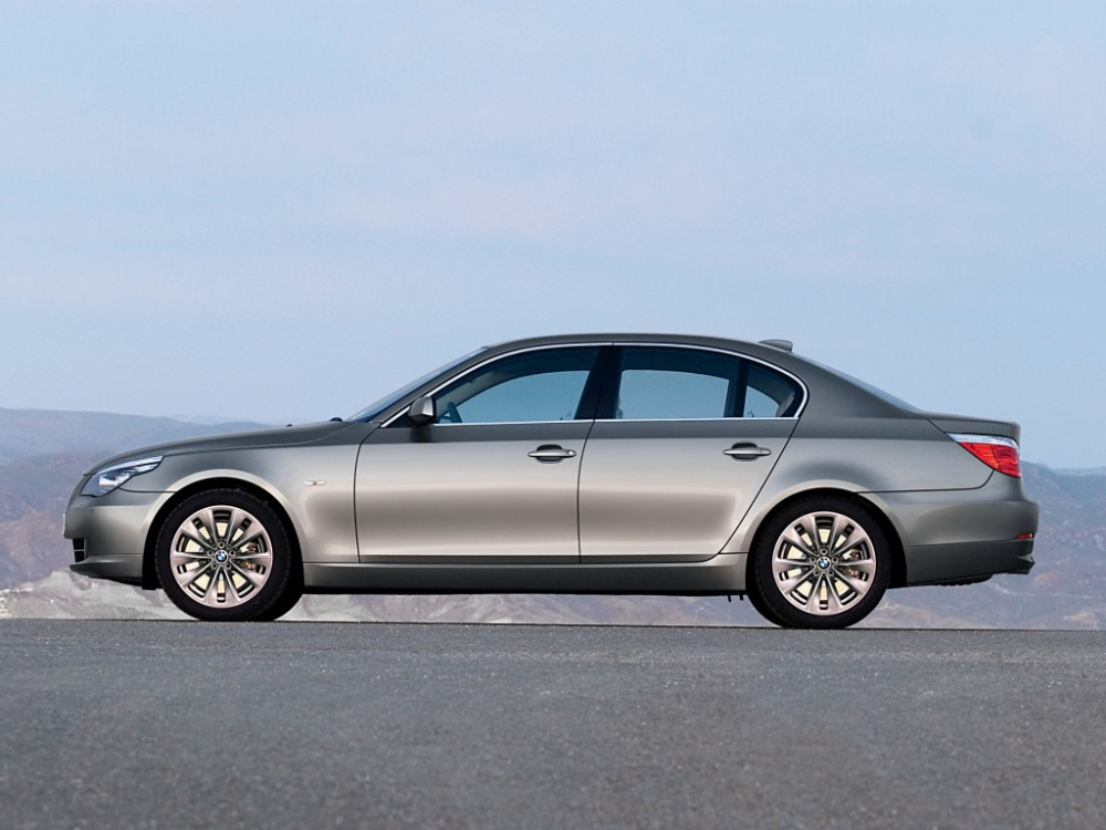 Bmw 525 2015 Photo And Video Review Bmw 525 Bmw Cool Pictures