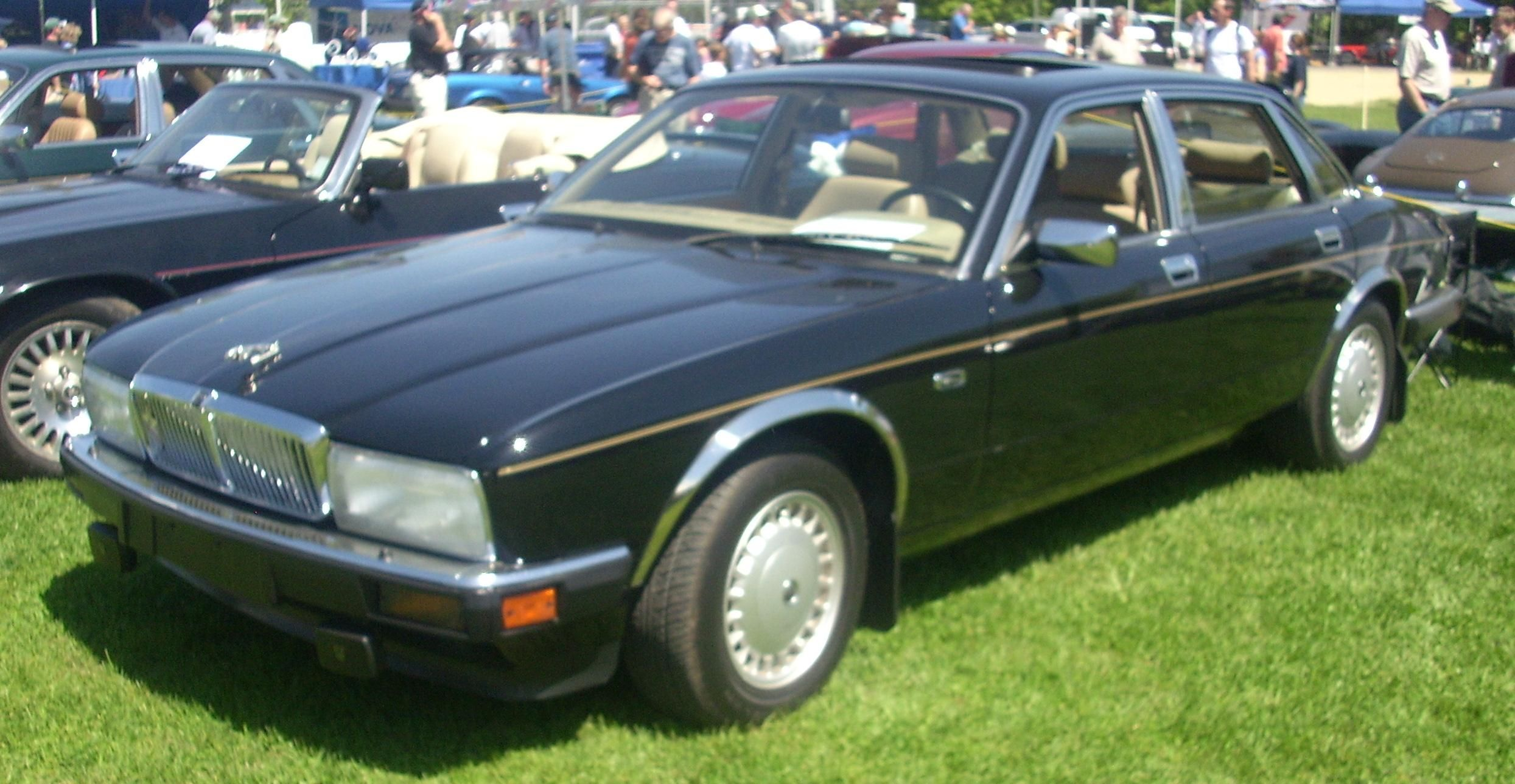 4 Jaguar Xj40 Probably One Of The Worst Jaguars In Living Memory