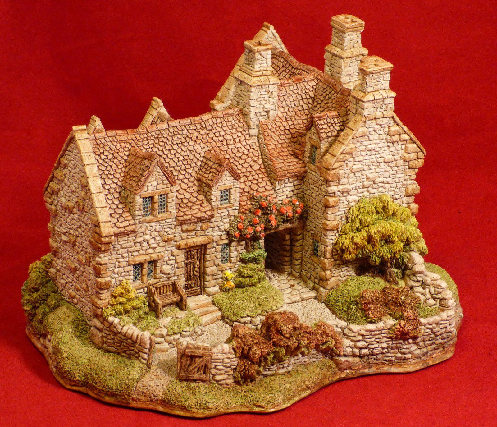 lilliput lane armada house miniature cottage mint with box england dreamy dreamy 9 3. Black Bedroom Furniture Sets. Home Design Ideas