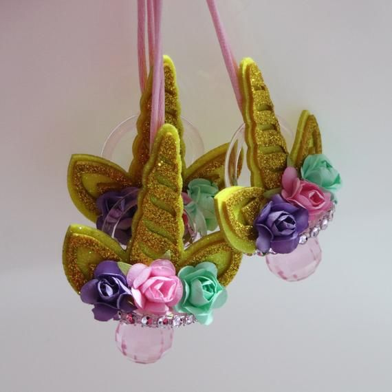 12 Unicorn Themed Baby Shower Pacifier Necklaces – Baby Shower Games – Party Decorations