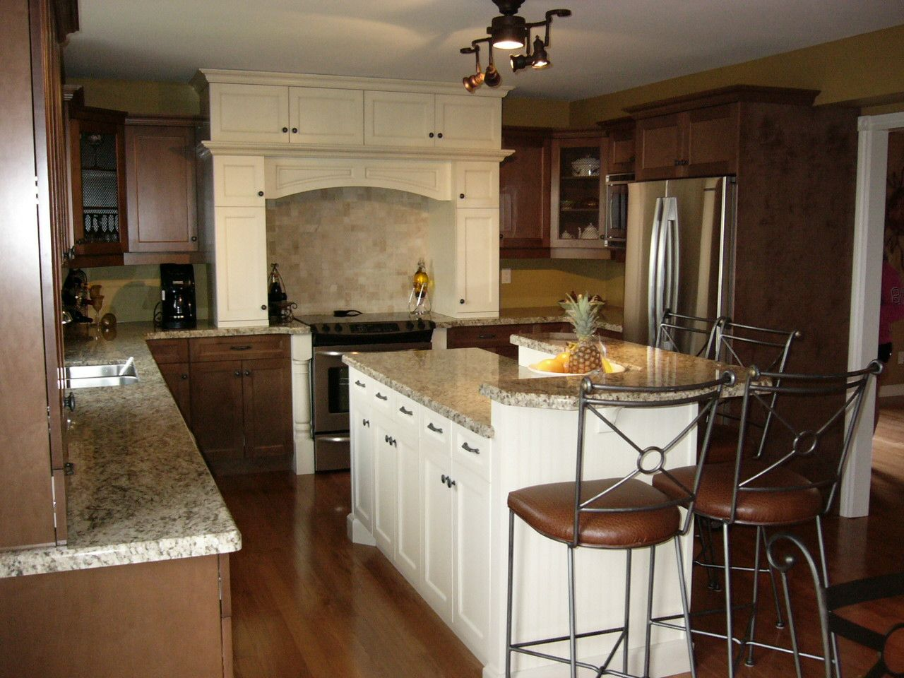 20+ Custom Kitchen Cabinet Refacing - Kitchen Remodeling Ideas On A ...