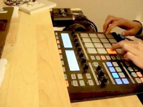 Building a beat using only Maschine library sounds (Sendai Mike)