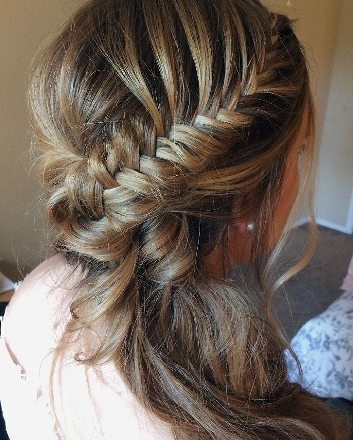 Side swept wedding hairstyle - Romantic wedding hairstyles ...