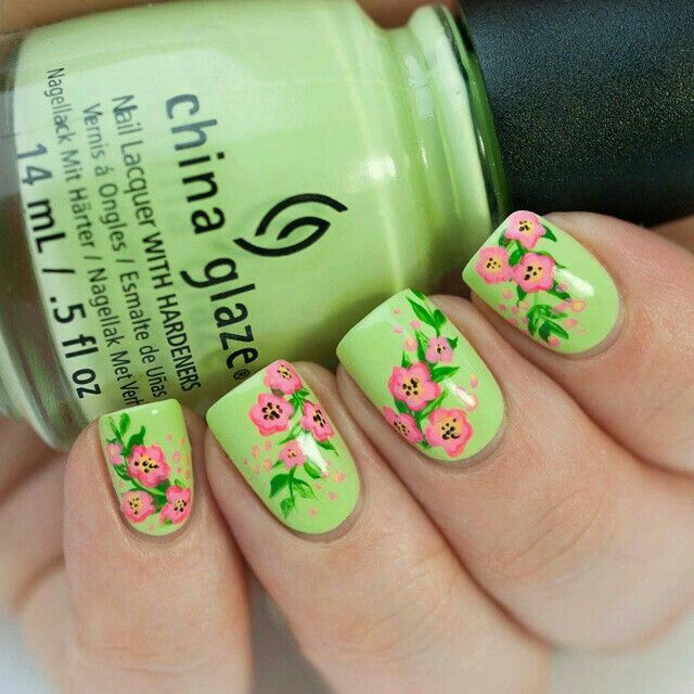 Pin de Rakel Castle en Nails | Pinterest | Mano alzada