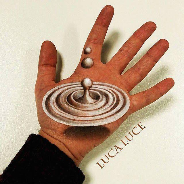 L'artiste maquilleur italien Luca Luce réalise sur sa main des dessins qui, vus du bon point de vue, prennent une autre dimension.