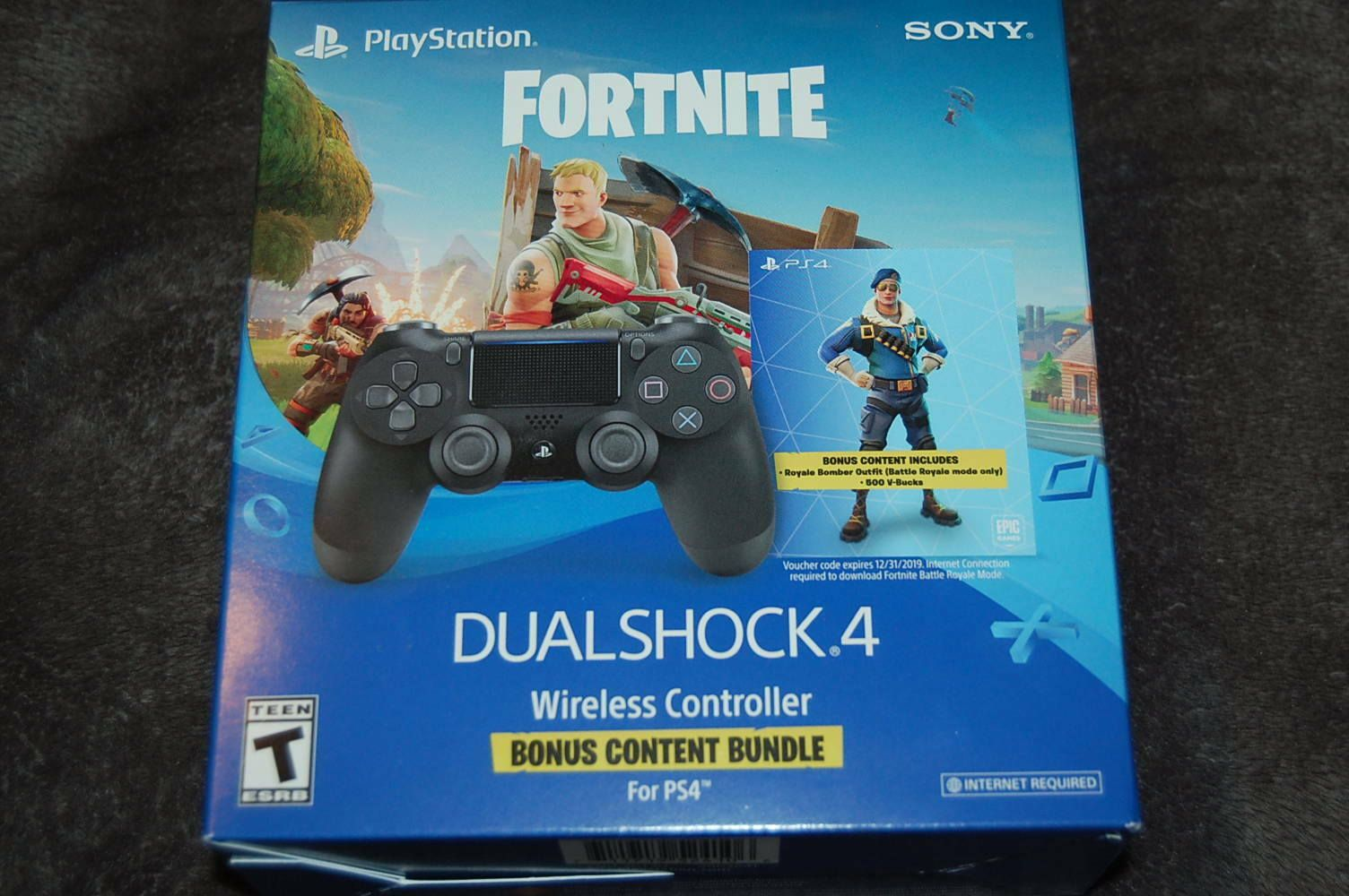 Fortnite Royale Bomber Outfit Skin Code Ps4 Dualshock 4 500
