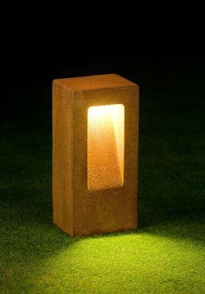 SPOT U   Path Lighting   Path And Driveway Lights   LED Garden Lighting    Border