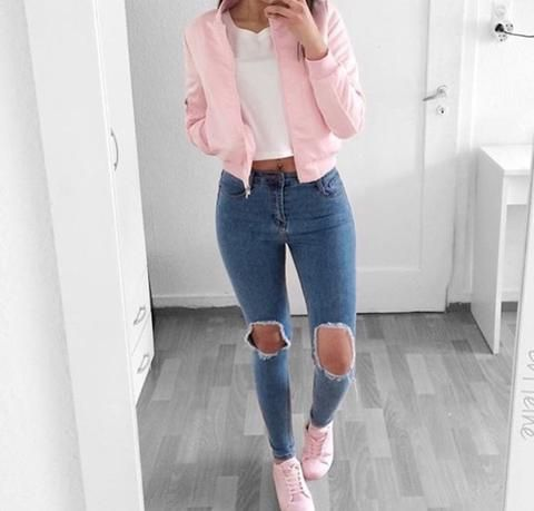 Ripped jeans winter fashion