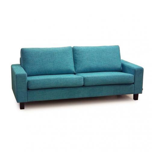 Tidlös soffa med skön sittkomfort, går att beställa i flera olika tyger, besök er närmaste Chilli bu...