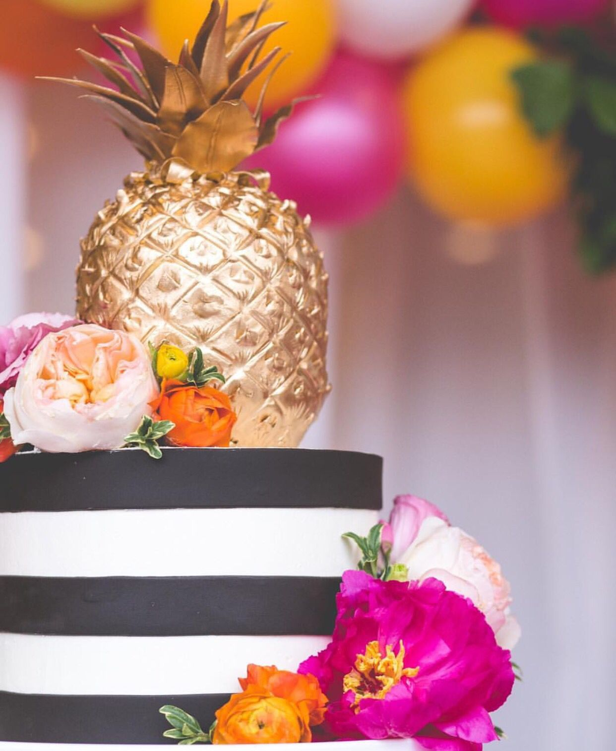 So cute! Love the colors and the touch of pineapple! @weddingwire