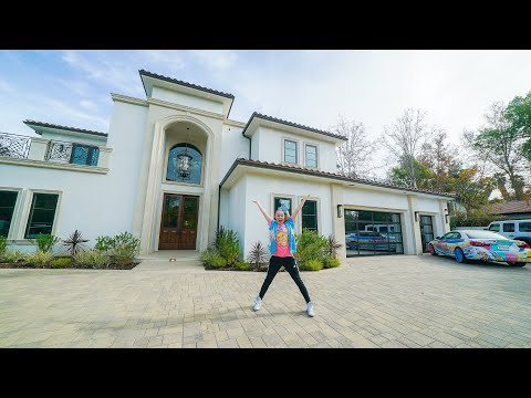fe34fcea83cd6ac25bbb6bea25df9d74 - How To Get Jojo Siwa To Come To Your House