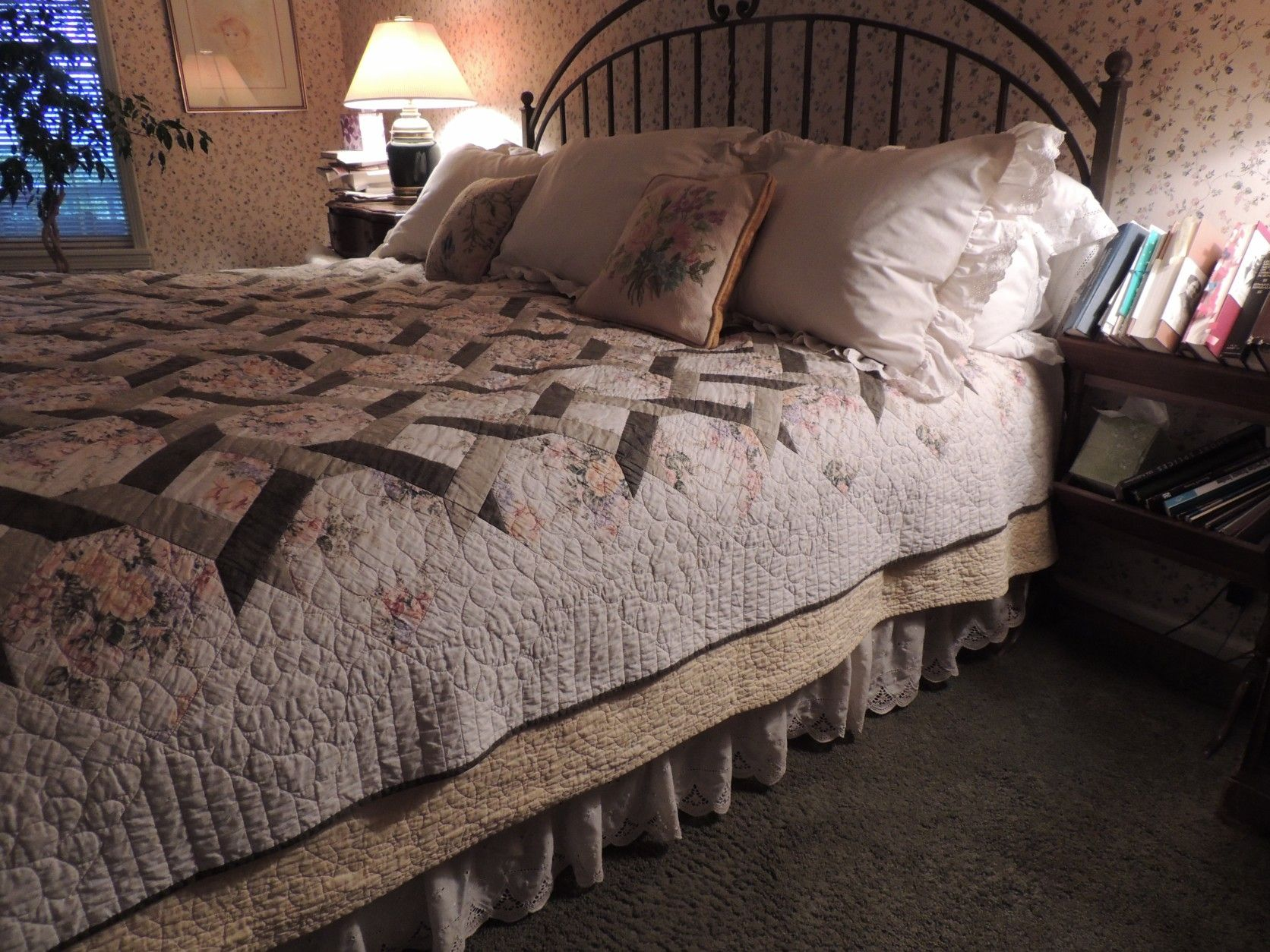 how to layer a bed with a quilt Google Search Bed