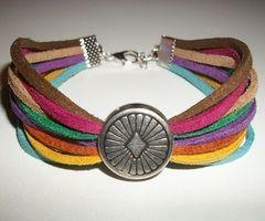 Bracelets à rangs, Bracelet multi couleurs multi rangs perle ethnique est une création orginale de Baimy sur DaWanda