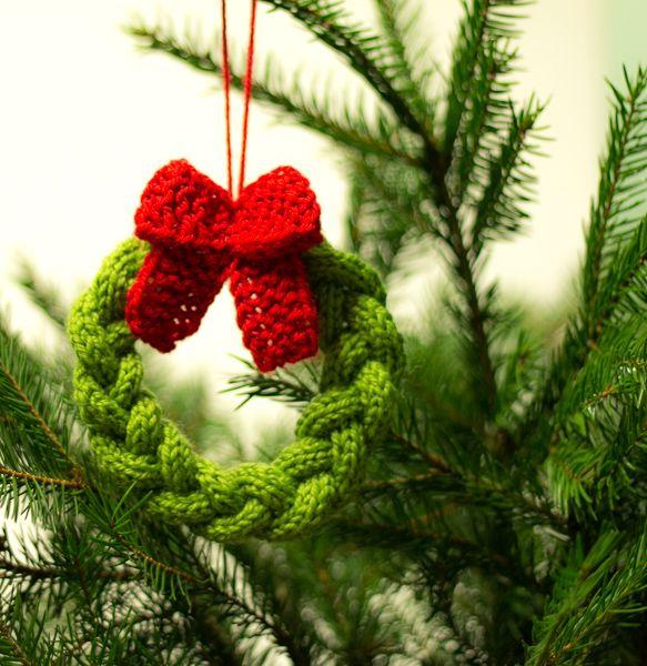 Wreath Christmas Tree Ornament Free Knit Pattern Easy Christmas