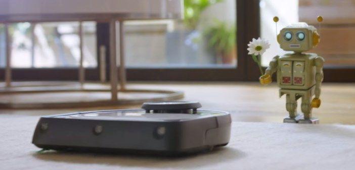 Un robot jouet tombe amoureux d'un aspirateur robot | Robot jouet, Aspirateur robot, Jouet