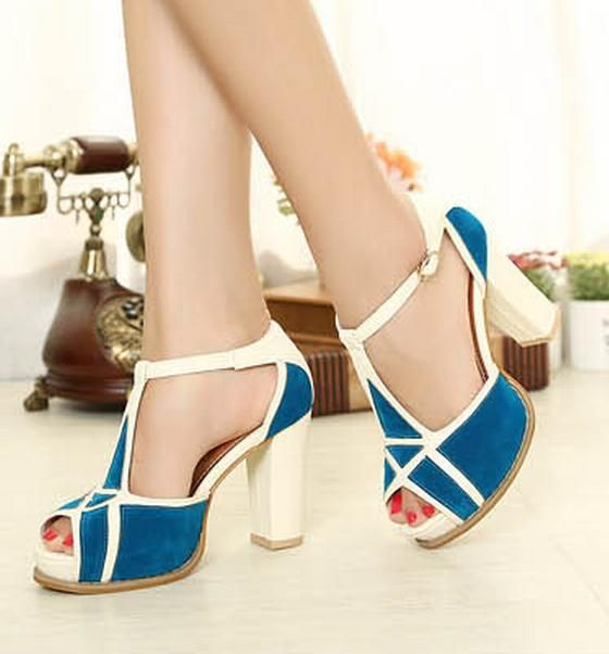 #fashion #style #statement #blockheels #blue&white #trendy