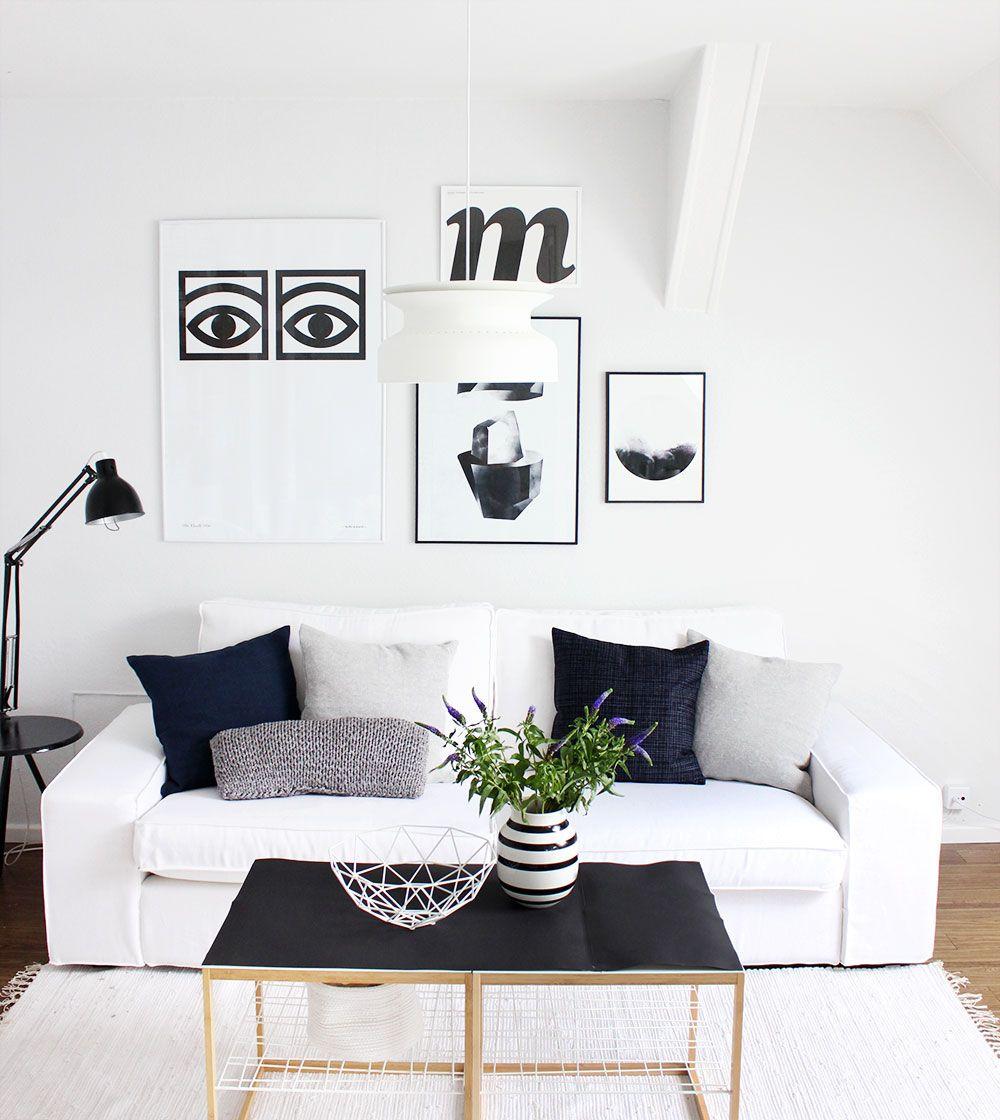 scandi wohnzimmer in schwarz wei blau - Schwarz Wei Sofa