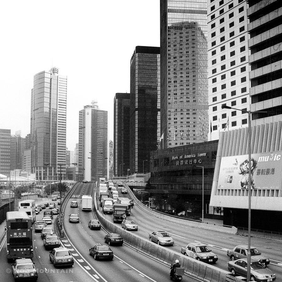 Untitled - Hong Kong (香港) . . . Image: © Rod Mountain  . . #TravelAsia #hongkonginsta #travelphotographer #DiscoverHongKong #visithongkong #bcncollective #noirstreetlife #MySPC #worldbestgram #onassignment #bnw_life #bnw_city #bnw_demand #instalike #suitcasetravels #latergram