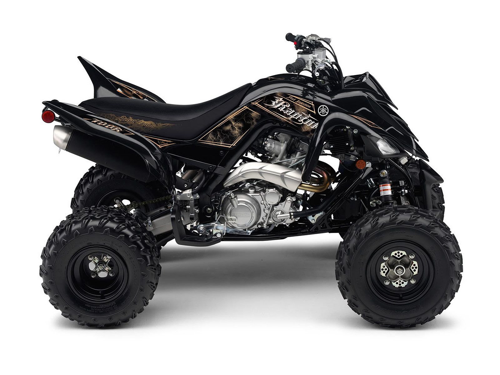 view of yamaha raptor 700r se photos video features and. Black Bedroom Furniture Sets. Home Design Ideas