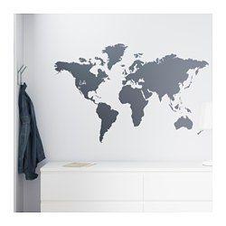 IKEA - KLÄTTA, Selvklebende dekorasjon, Det dekorative verdenskartet kan du også bruke som tavle når du for eksempel skal planlegge den neste turen din.Du kan bruke kritt for å merke av steder du har vært, drømmer om å reise til eller som betyr noe spesielt for deg.Med selvklebende dekorasjoner er det enkelt å fornye et rom uten maling eller tapetsering.