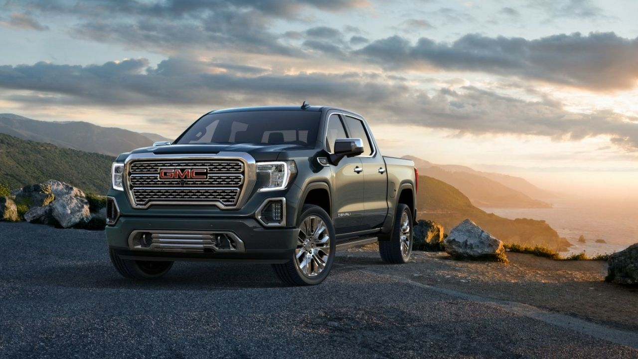 Gmc Sierra Introduces The World S First Carbon Fiber Bed